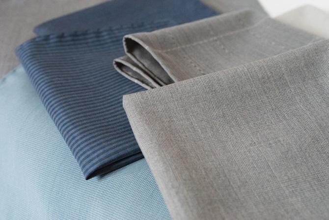 pochettes en soie vintage L'élégance en plus x Lafayette Saltiel Drapier / vintage silk pocket squares / Made in Paris