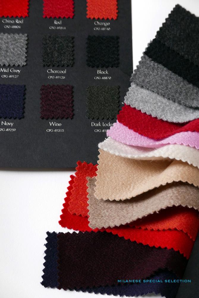 Nos écharpes en cachemire uni, dimensions 70 x 190 cm