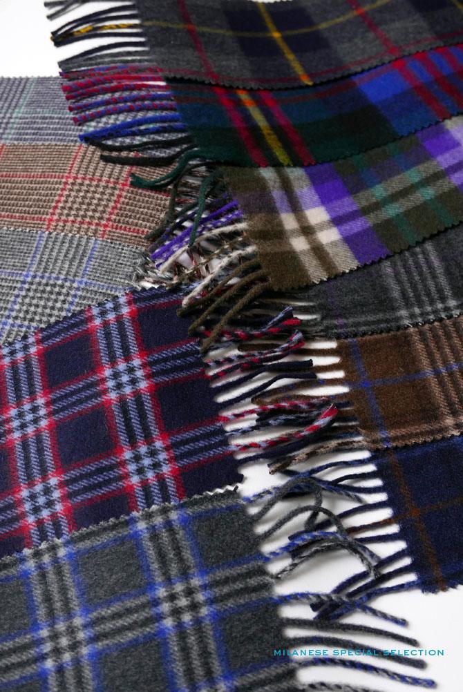 Nos écharpes en cachemire, motif tartan, dimensions 30 x 180 cm