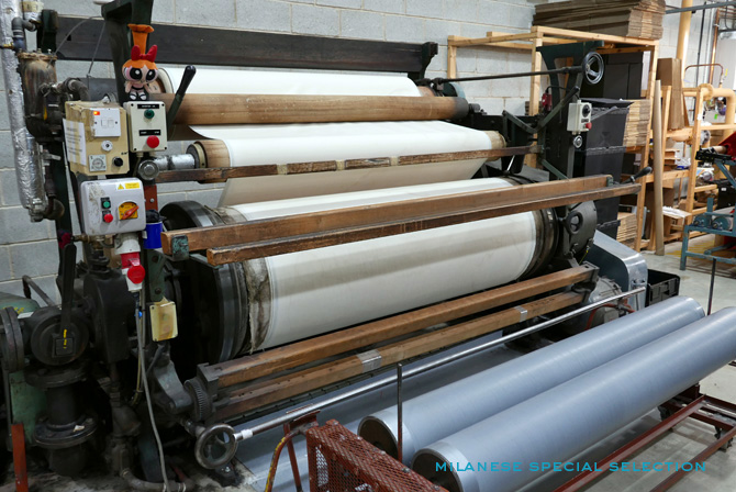 L'atelier en Angleterre où sont réalisées nos précieuses écharpes en cachemire / cashmere factory