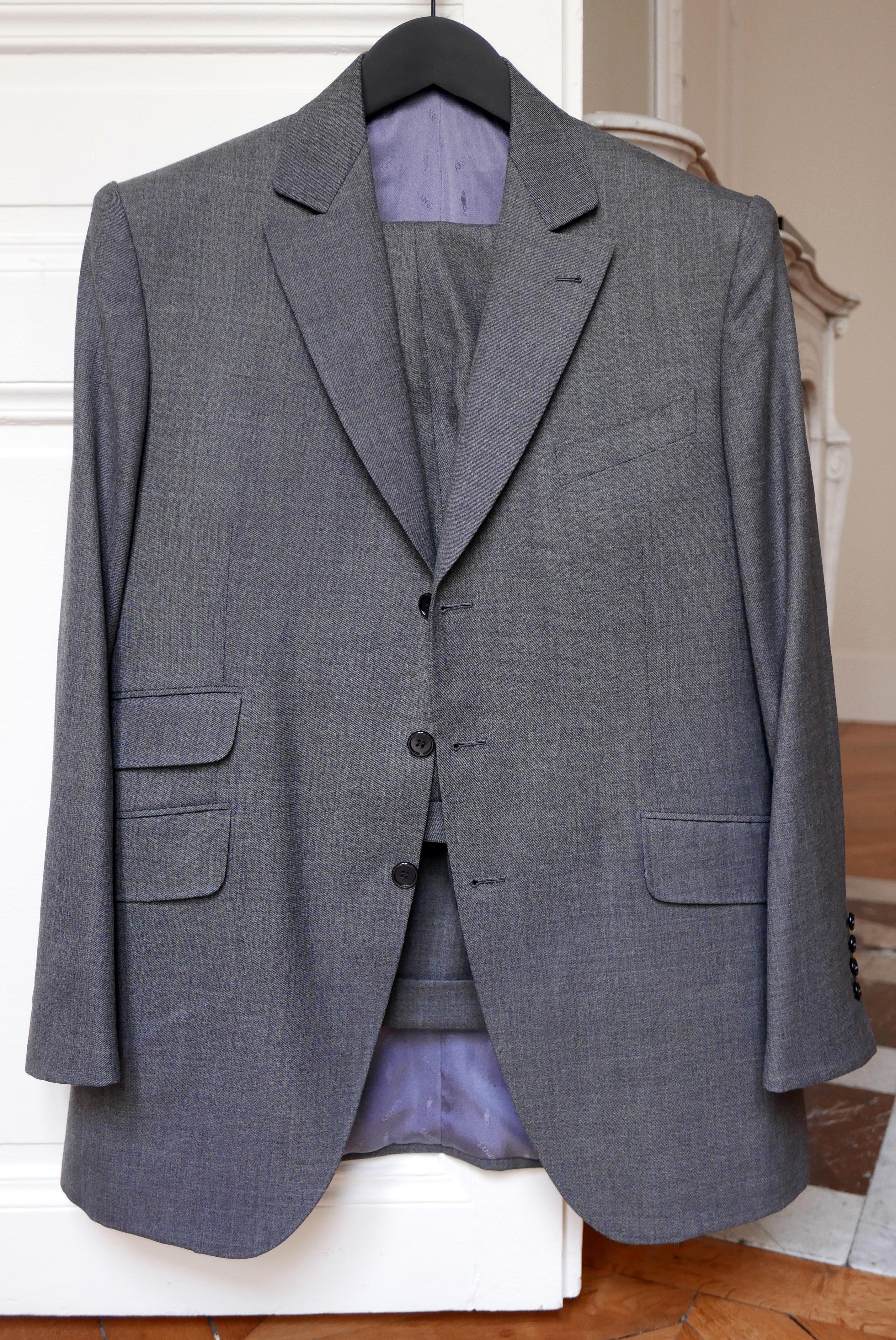 Vide-dressing homme/Dépôt-vente - Costume Arnys trois boutons